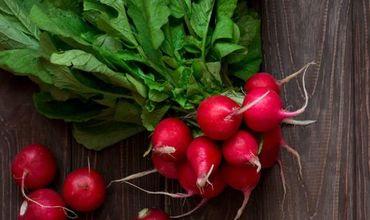 Покупатель столичного супермаркета возмутился разными ценами на овощи.