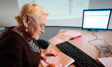 Пожилые люди приветствуют эту идею и говорят, что с нетерпением ждут возможности принять участие в проекте.