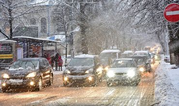 Ночью температура опустится до -16 градусов, завтра снегопад продолжится. Фото: newsmd.md
