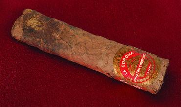 Недокуренная сигара Черчилля продана за $12 тыс. на аукционе в США. Фото: AP Photo
