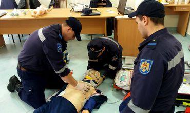 13 pompieri au devenit paramedici SMURD cu acte în regulă.