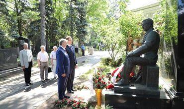Приднестровцы в Москве почтили память Александра Лебедя.