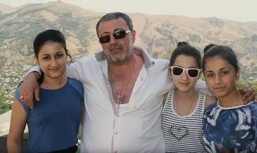 В отношении отца сестер Хачатурян возбудили уголовное дело.