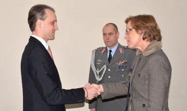 Должностные лица обсудили ситуацию в регионе и приоритеты оборонного ведомства на текущий год. Фото: army.md.