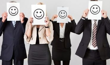 Ученые: радостные песни на работе поднимают командный дух.