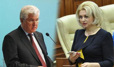 Воронин предположил, что автобус ДПМ раскачивает из-за того, что там крепко обнимают Виолетту Иванов.