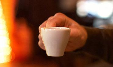 Ученые: Кофе бодрит не всех из-за генетических особенностей