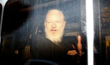Лондону указали насвидетельства пыток Ассанжа.
