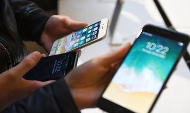Два смартфона с OLED-дисплеем будут иметь диагональ 5,8 и 6,5 дюйма.