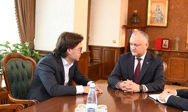 Додон провел встречу с новым министром иностранных дел Николаем Попеску.