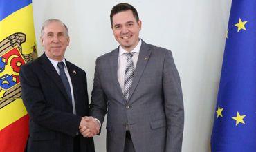 Министр иностранных дел Молдовы встретился с послом США