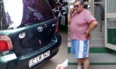 По улице Армянской на узком тротуаре регулярно паркуется автомобиль Toyota Yaris.