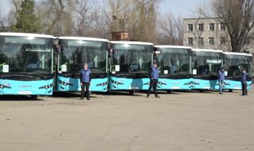 Скандал с автобусами Isuzu, приобретенными мэрией, набирает обороты.