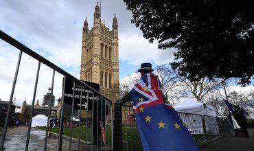 Британский парламент поддержал предложение правительства об отсрочке Brexit.
