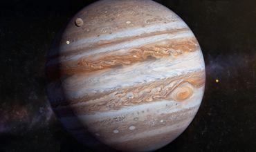 Как отмечает The Verge, новые данные свидетельствуют о том, что Юпитер — еще более сложная планета, чем считалось ранее.