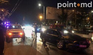 На улице Григоре Виеру произошла авария.