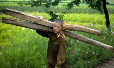 Запрещенные фотографии – Северная Корея, снятая скрытой камерой