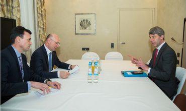 Советник канцлера: Германия поддерживает территориальную целостность РМ