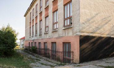 Бельцах действует 24 школы и 35 детских садов.