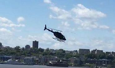 По данным журналиста, на борту вертолета находился только пилот, его спасли.
