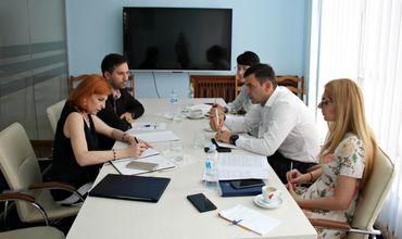 Министр Кирилл Габурич провел подготовительную встречу с Родикой Вербенюк и  Александру Балтагом,