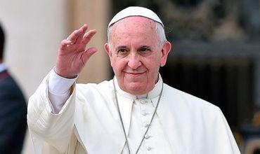 """Папа Франциск призвал монахинь не допустить того, чтобы соцсети стали причиной """"пустой траты времени""""."""