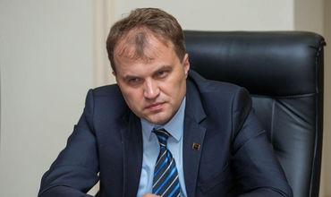 Евгений Шевчук хочет ввести уголовную ответственность за ложь и клевету