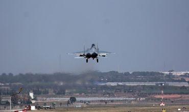 Несколько военнослужащих, принимавших участие в попытке госпереворота в Турции, задержаны в ходе операции на авиабазе Инджирлик.