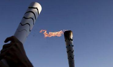 На одном из этапов эстафеты олимпийского огня в Бразилии неизвестный мужчина намеревался украсть факел.