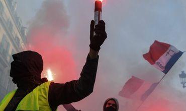 """Движение """"Желтые жилеты"""" мобилизует многочисленных сторонников для 16-й серии маршей в столице и провинции."""