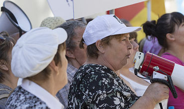 Жители Оргеева собрались в четверг на протест в Кишиневе.