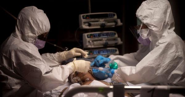 Medicii americani se tem de apariția cazurilor COVID-gripă thumbnail