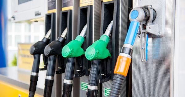 Prețuri noi: Cât costă un litru de motorină la benzinăriile din țară thumbnail