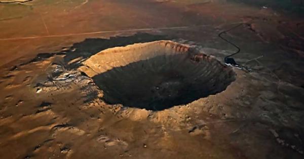 В Австралии обнаружен древнейший на Земле ударный кратер thumbnail