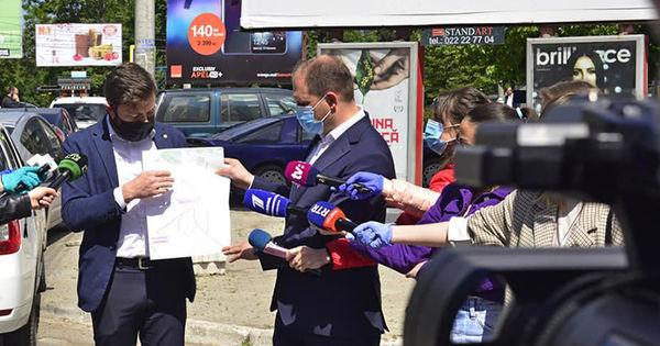 Noi reglementări la amplasarea publicității pe străzile din Chișinău thumbnail