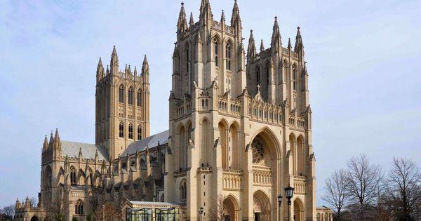 Peste 5.000 de măşti, descoperite în cripta catedralei din Washington thumbnail