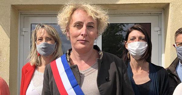 Во Франции впервые избрали на пост мэра города женщину-трансгендера thumbnail