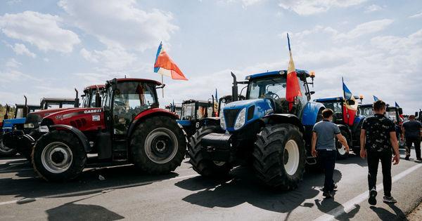 Фермеры будут протестовать, пока обещания властей не станут законом thumbnail