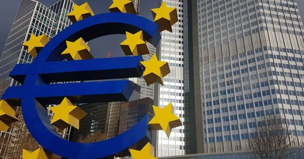 Bulgaria și Croația, acceptate în faza premergătoare pentru zona euro thumbnail