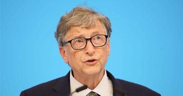 Planul propus de Bill Gates: Cum poate fi învinsă pandemia în 3 paşi thumbnail