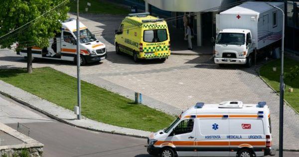 Alarmant: Numărul ambulanţe care ajung la Centrul COVID-19, în creștere thumbnail