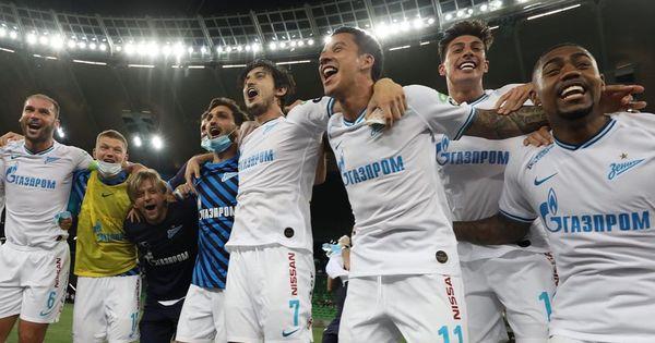 «Зенит» досрочно стал чемпионом России по футболу thumbnail