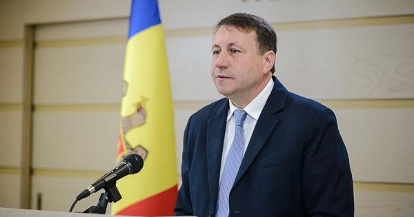 Igor Munteanu: Vom trece cu buldozerul peste bugetul anului 2020 thumbnail