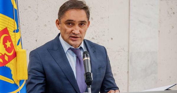 Stoianoglo, chemat în plenul Parlamentului. Slusari: Nu vedem mișcări thumbnail