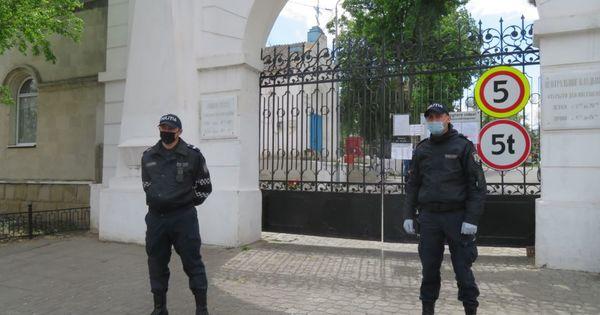Ceban îndeamnă cetățenii să meargă la cimitire de Paștele Blajinilor thumbnail