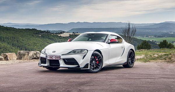 Toyota вновь стала самым дорогим автомобильным брендом thumbnail