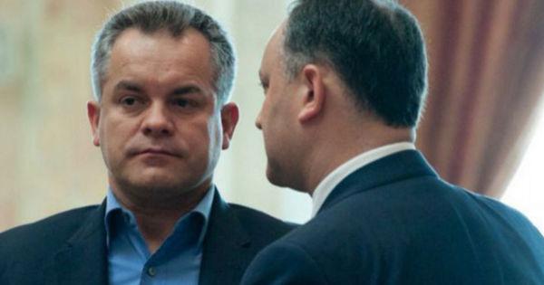 Igor Dodon: Plahotniuc personal sună deputații din Parlament thumbnail