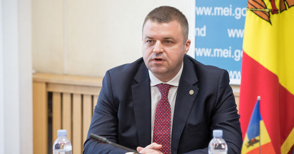 Ministru Economiei: Prima lecție a crizei este despre digitalizarea afacerilor thumbnail