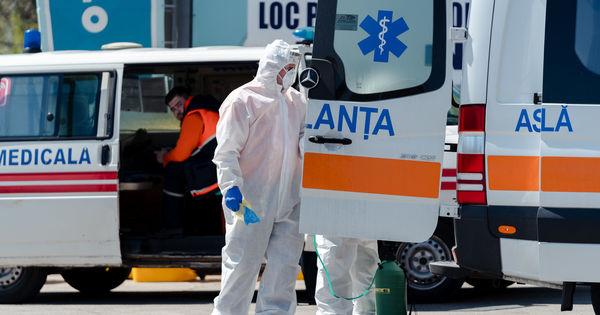 Oficial: Încă 13 angajați medicali din Moldova, infectați cu COVID-19 thumbnail