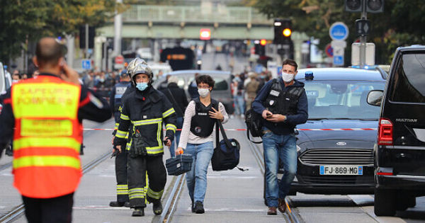 Atacul de la Nisa, condamnat dur de comunitatea internațională: Turcia transmite condoleanțe thumbnail
